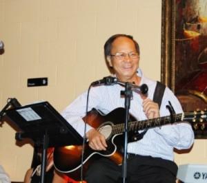 NguyenDucQuang-guitar-singing