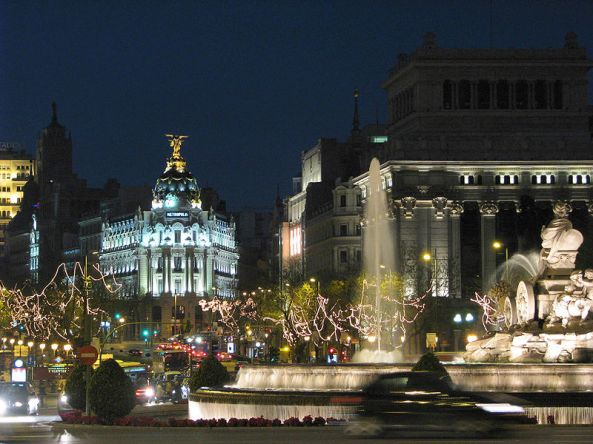 Plaza_de_Cibeles_Madrid