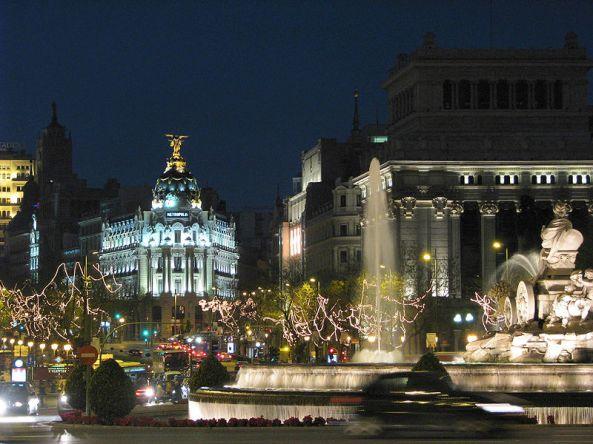 Plaza_de_Cibeles_Madrid