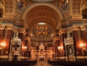 Main alter of St Stephen Basilica in Budapest