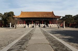 LingEn-Gate - Ming Tombs