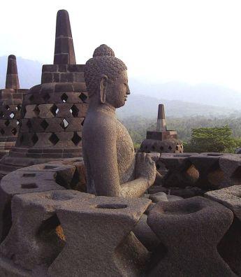 Borobudur-buddha