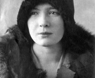 Olga_Bergholz_portrait