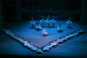 Scene from Act 4 of Swan Lake.